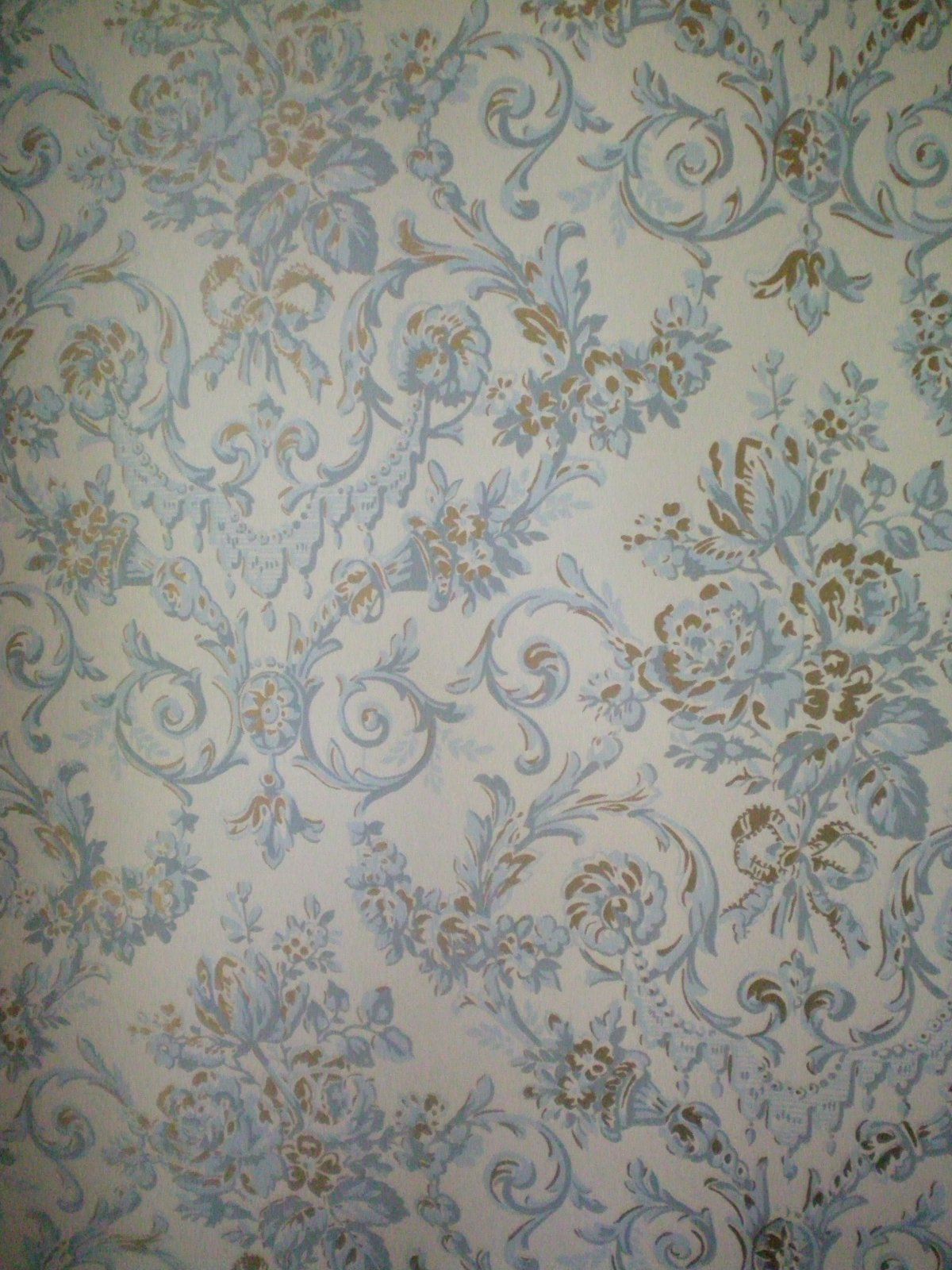 Victorian wallpaper I Want to be a Pin Up