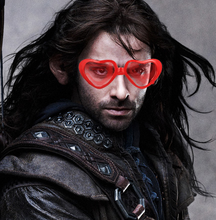Kili Aidan Turner glasses
