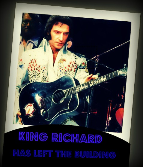 King Richard has left the busilding