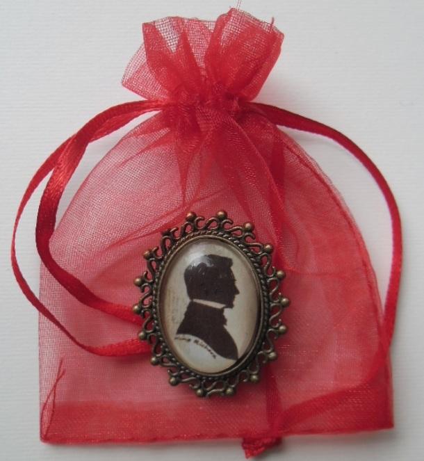 Armitage brooch
